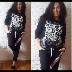 Black rock sweatshirt with sparkles